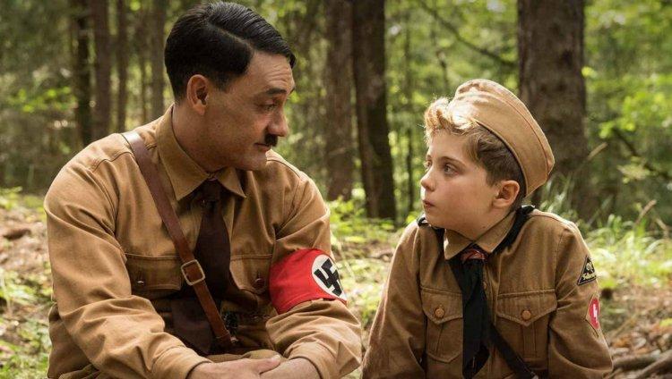 Taika Watiti interpreta a Hitler en Jojo Rabitt