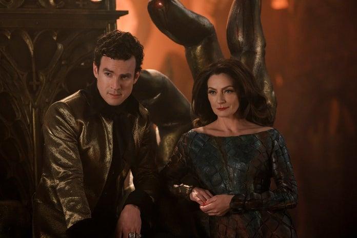 Lucifer y Lilith Sabrina 4ta temporada