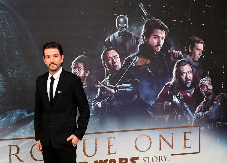 """Diego Luna formará parte del elenco que prestará su voz a los súper animales de la nueva película animada de DC """"League of Super-Pets"""""""